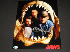 RICHARD DREYFUSS Signed JAWS 10x13 Metallic Photo Hooper Autograph Beckett BAS COA C