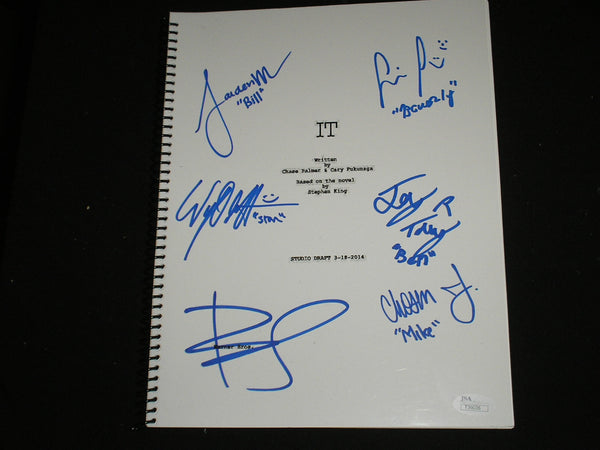BILL SKARSGARD & 5X Kids CAST Signed IT (2017) SCRIPT Autograph Sophia Jaeden Chosen Jeremy Ray Wyatt
