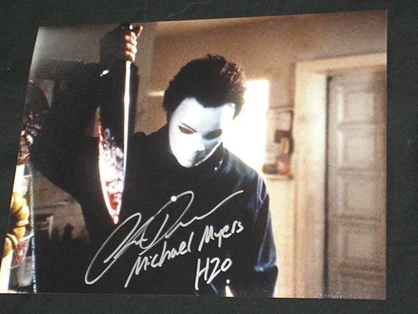 CHRIS DURAND Michael Myers Signed 8x10 Photo Halloween H2O Autograph B - HorrorAutographs.com