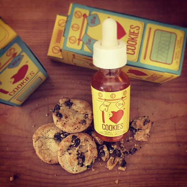 Mad Hatter Juice I Love Cookies Review by Drops of Vapor
