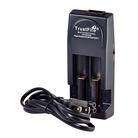 TrustFire - Multifunctional Dual Charger TR-001 - Drops of Vapor