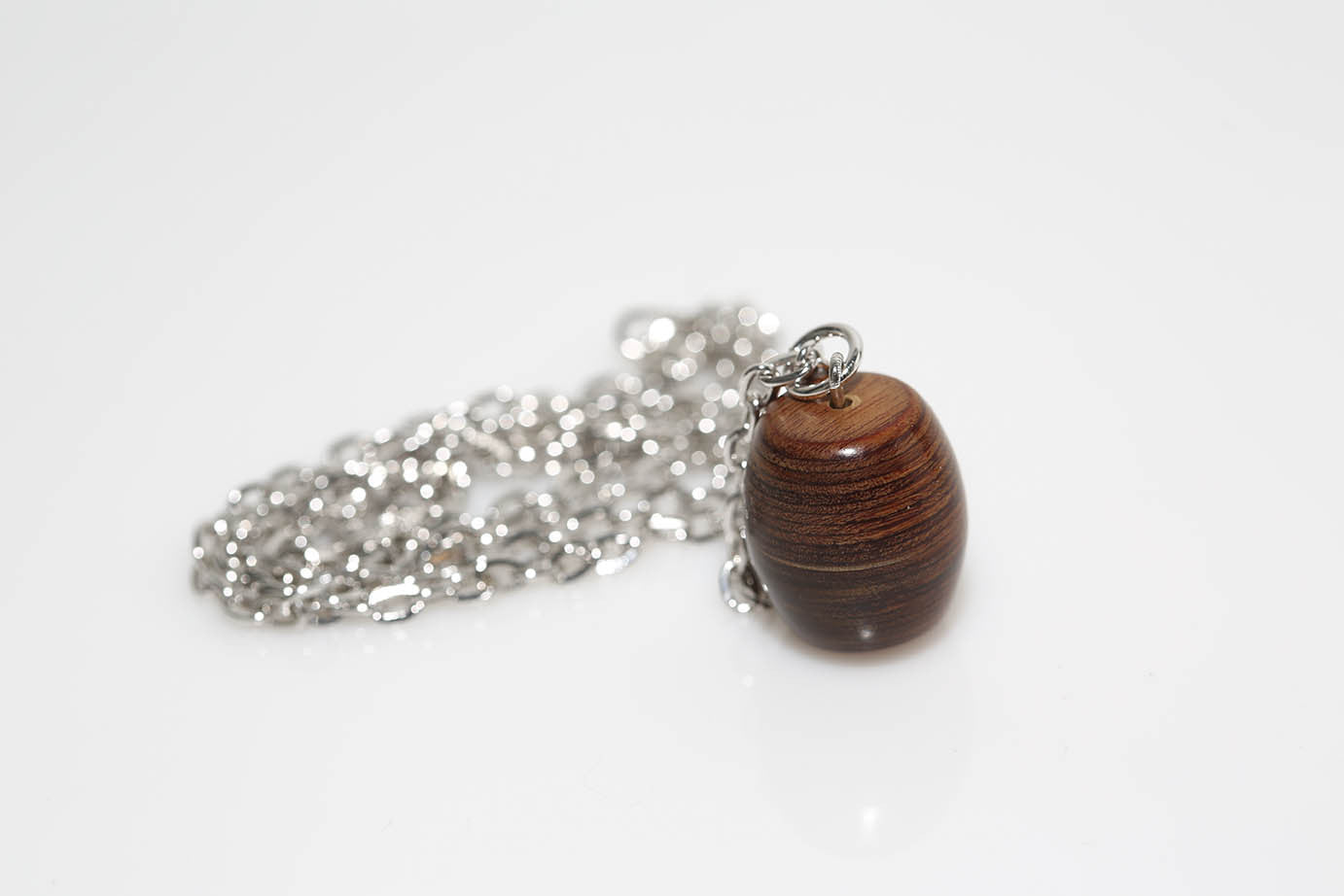 Vertical Barrel Necklace