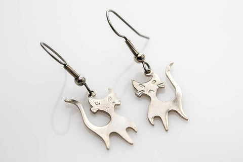 Mod Cat Earrings in Silver