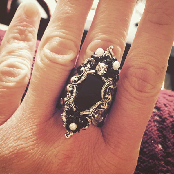 Black Mirror Ring