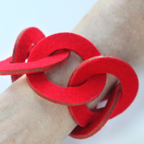 Wool felt six-ring bracelet