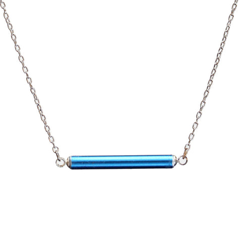 Small knitting needle horizontal necklace