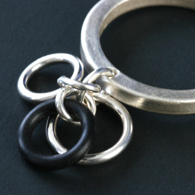 Sterling O-ring ring - Amy Jewelry