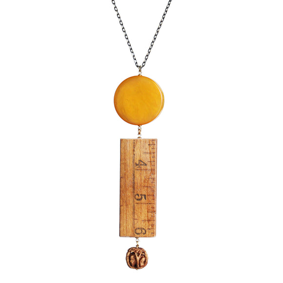 Bakelite yardstick carved-bead pendant necklace - Amy Jewelry