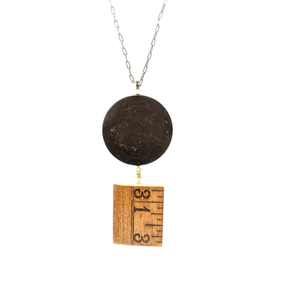 Poker chip ruler pendant necklace
