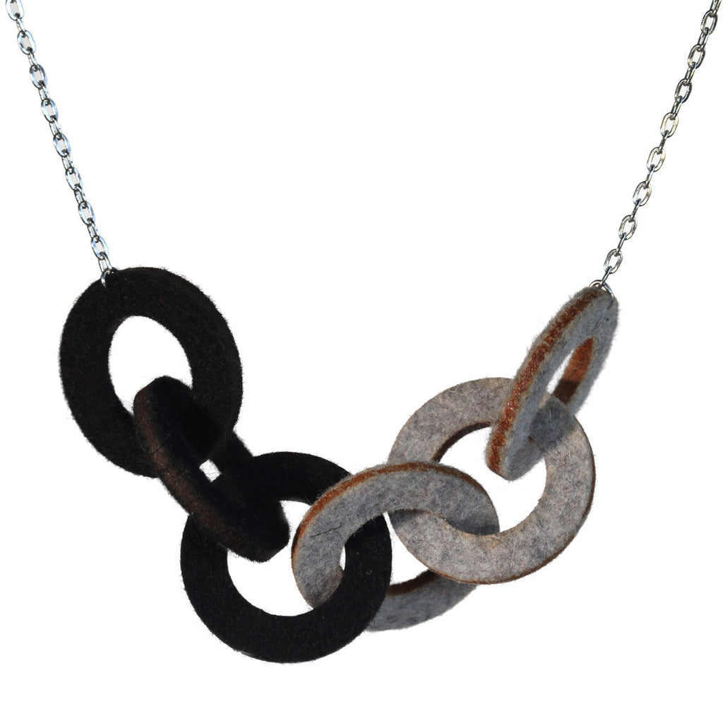 Wool felt small six-ring necklace - Amy Jewelry