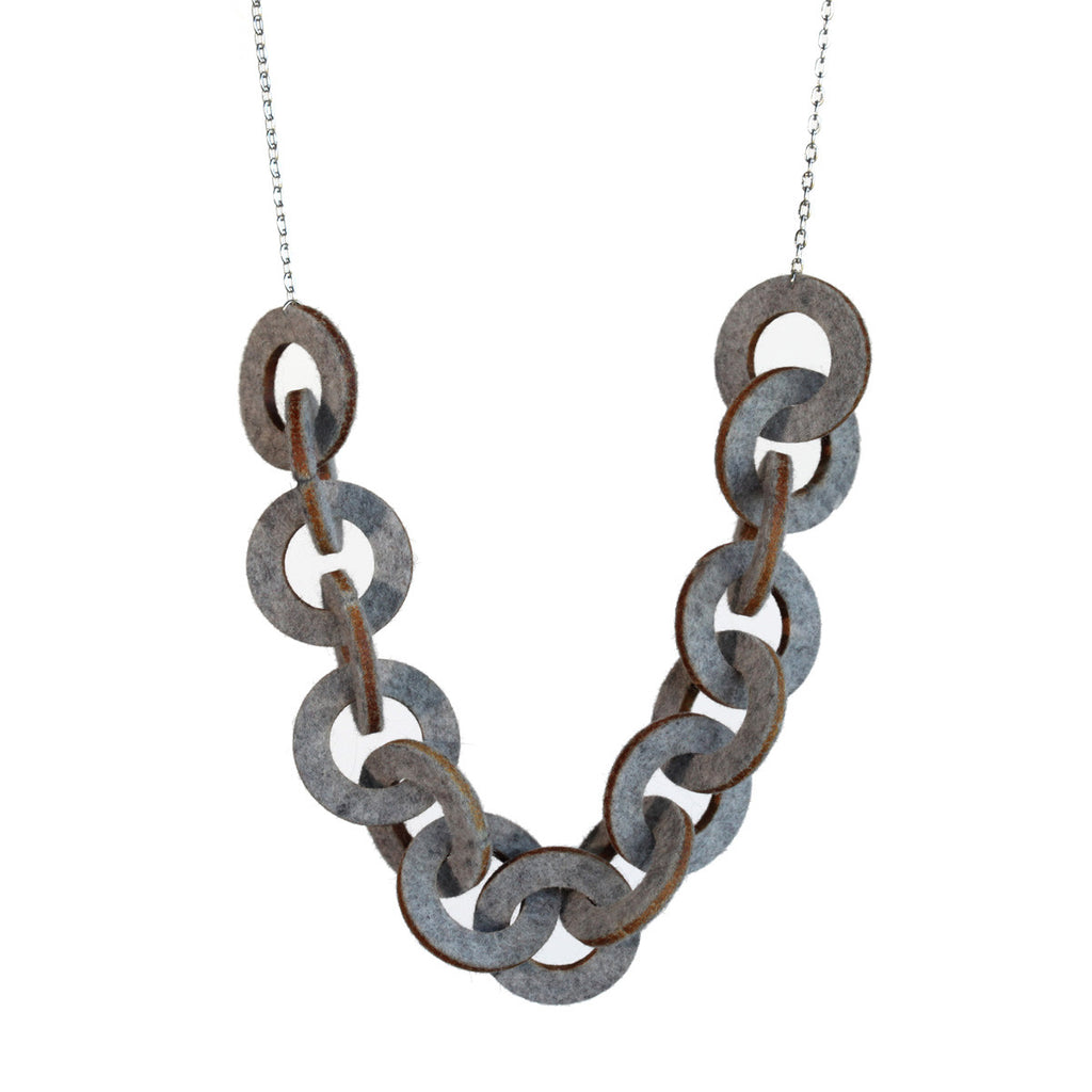 Wool felt chain-link necklace - Amy Jewelry