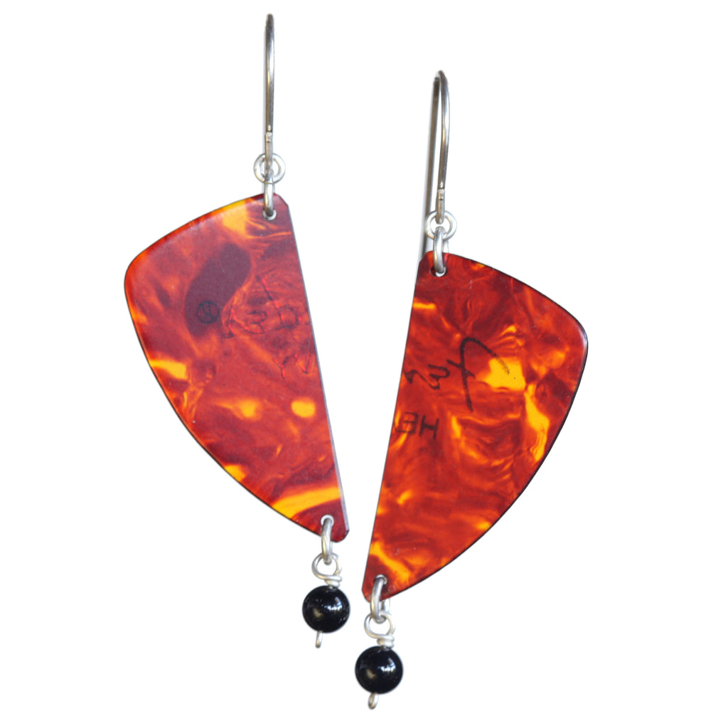 Guitar pick earring with onyx bead - Amy Jewelry