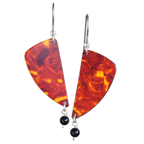 Guitar pick earring with onyx bead