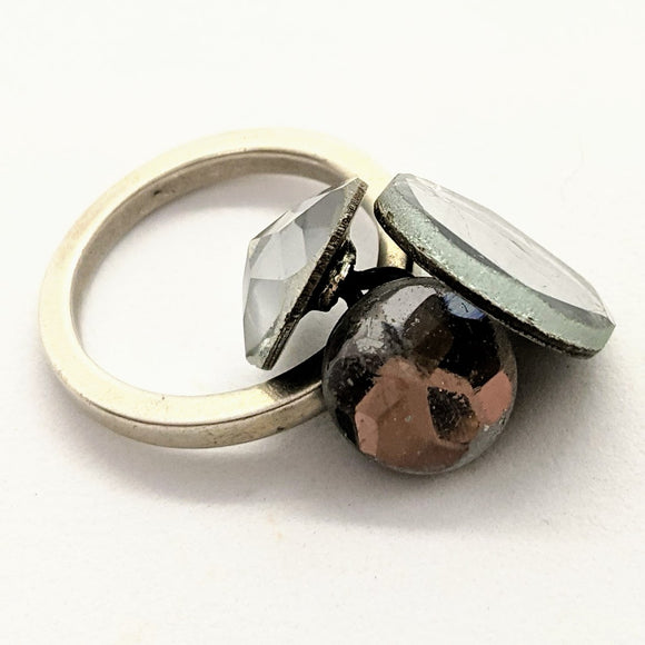 Mirror button ring 1