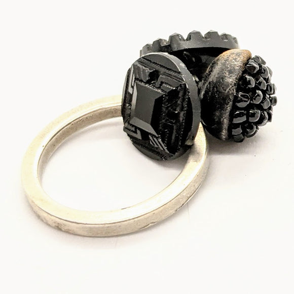 Mourning button ring 5