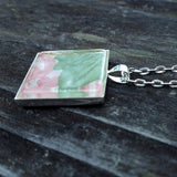 Silver-plated vintage floral wallpaper pendant - Amy Jewelry  - 3