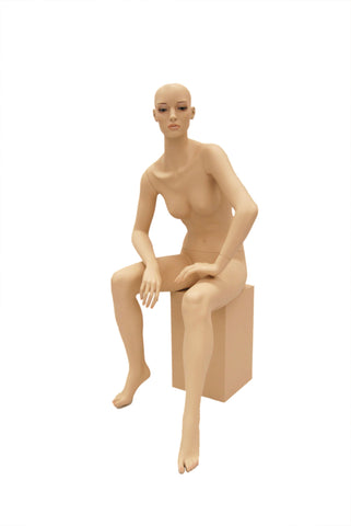 Ana: Seated mannequin