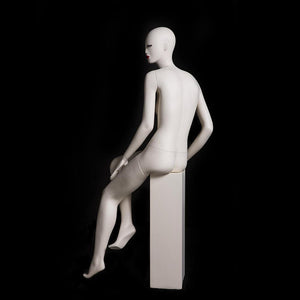 Julia 3: Female Abstract Mannequin in Matte Cream