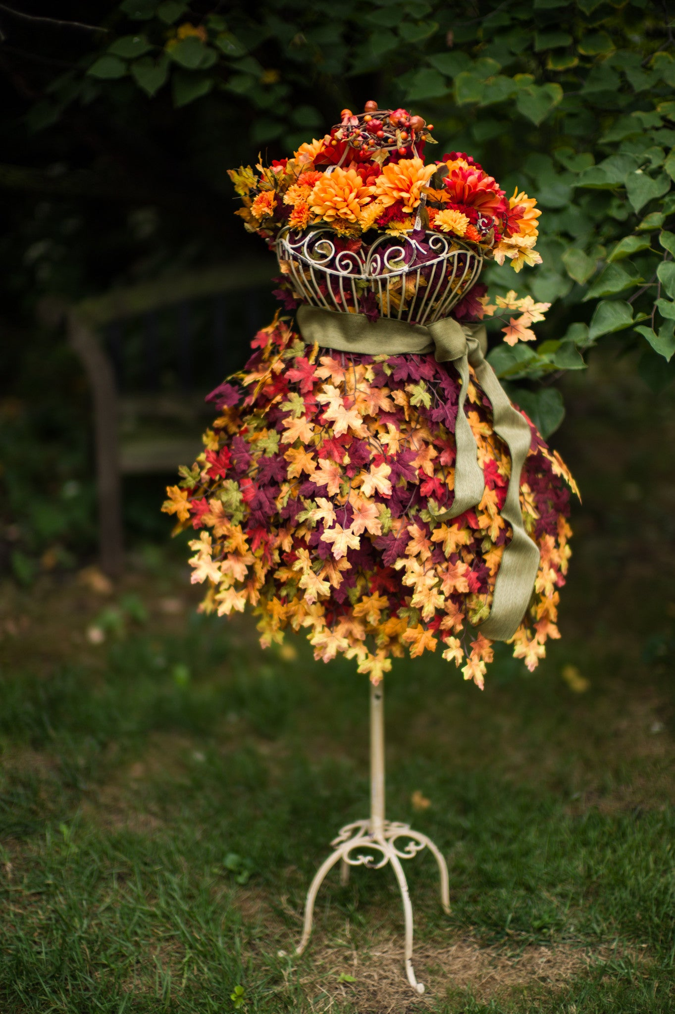 DIY Tutorial: Autumn/Fall Themed Display on a Wire Dress Form