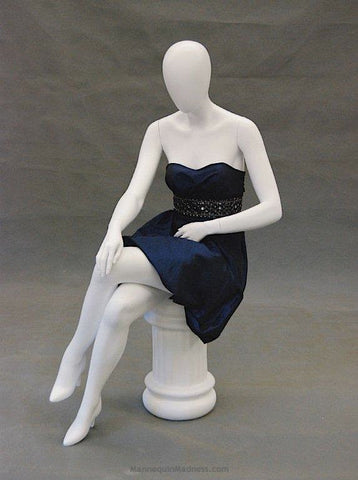 Kirsten 4: Seated Mannequin -- Matte Or Glossy White