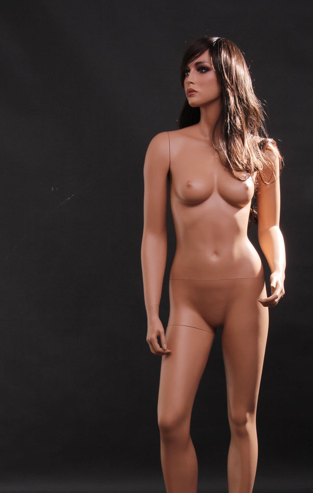 Lisa 8: Realistic Female Mannequin
