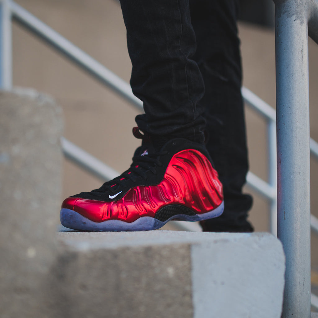 Review: Nike Air Foamposite One PRM Blue Mirror YouTube