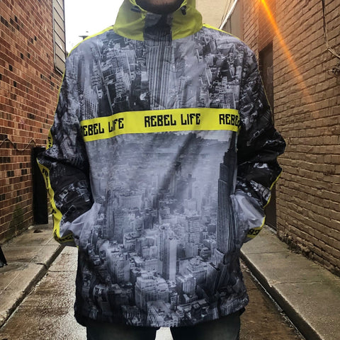 SKYLINE WINDBREAKER - GREY