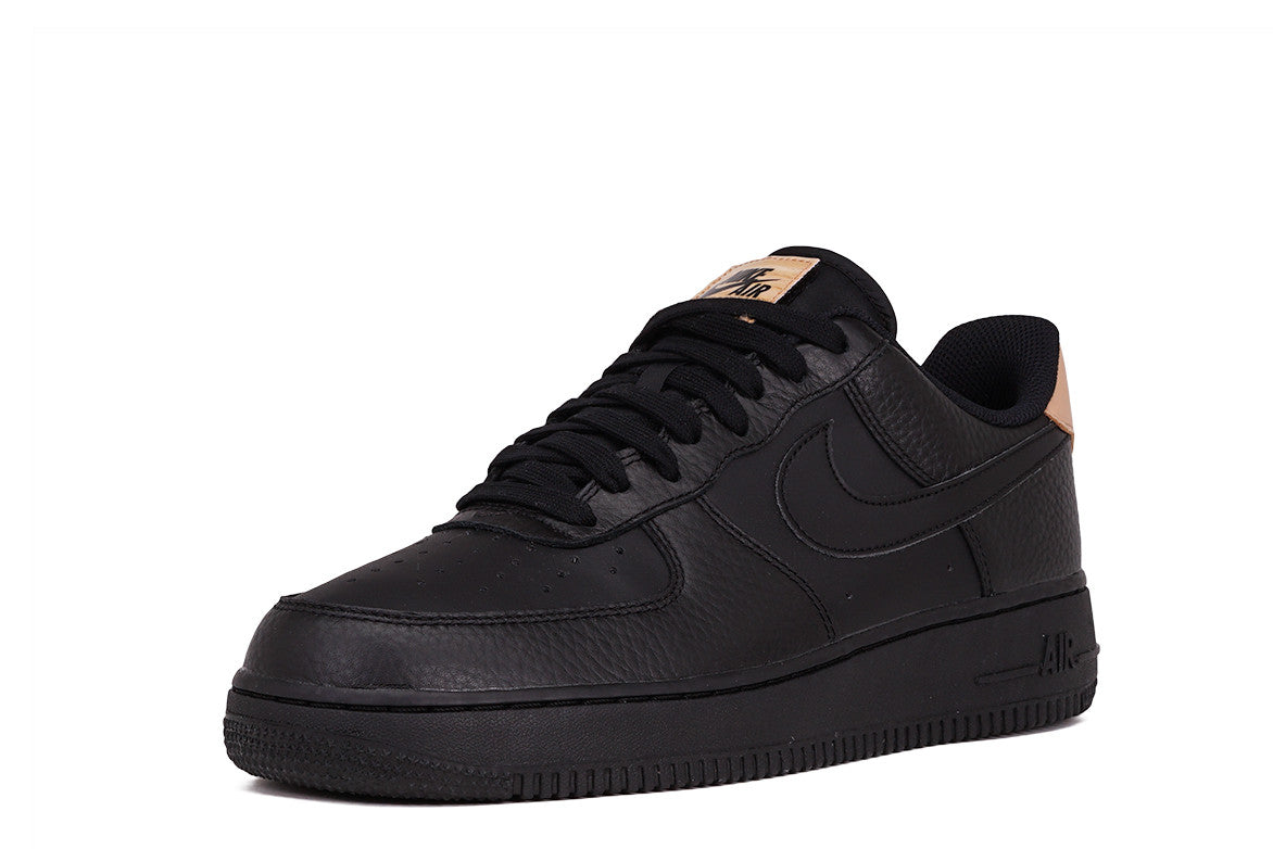 AIR FORCE 1 '07 LV8 - BLACK / VACHETTA