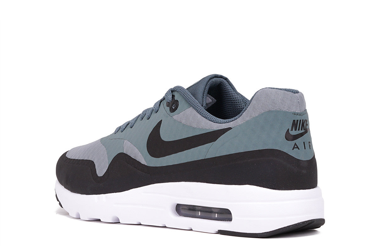 AIR MAX 1 ULTRA ESSENTIAL - SHARK / BLACK