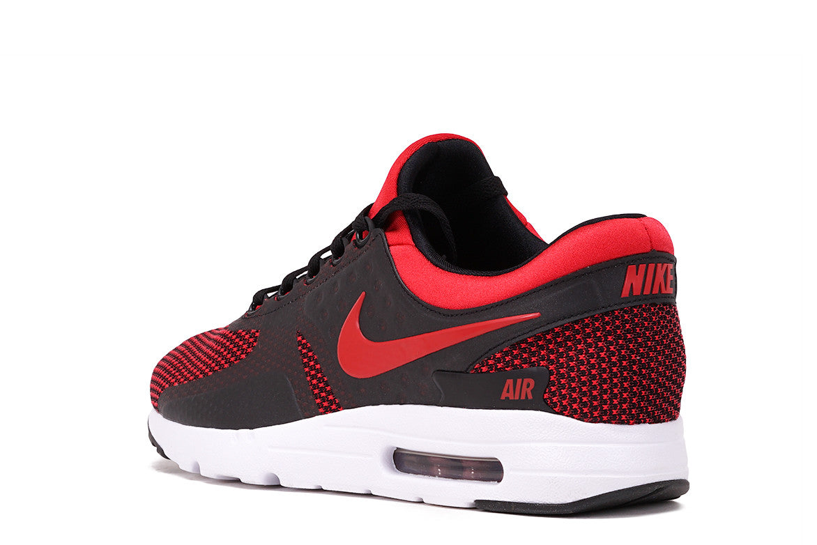 AIR MAX ZERO ESSENTIAL - UNIVERSITY RED