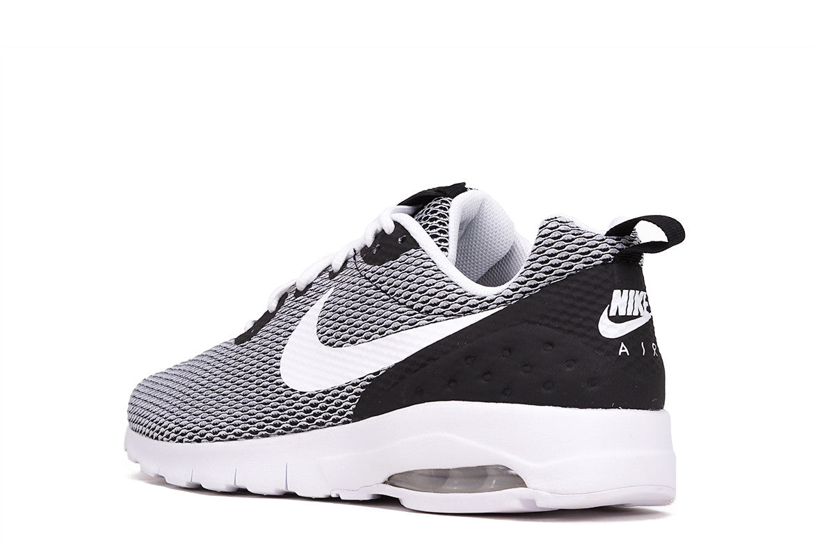 AIR MAX MOTION LW SE - BLACK / WHITE