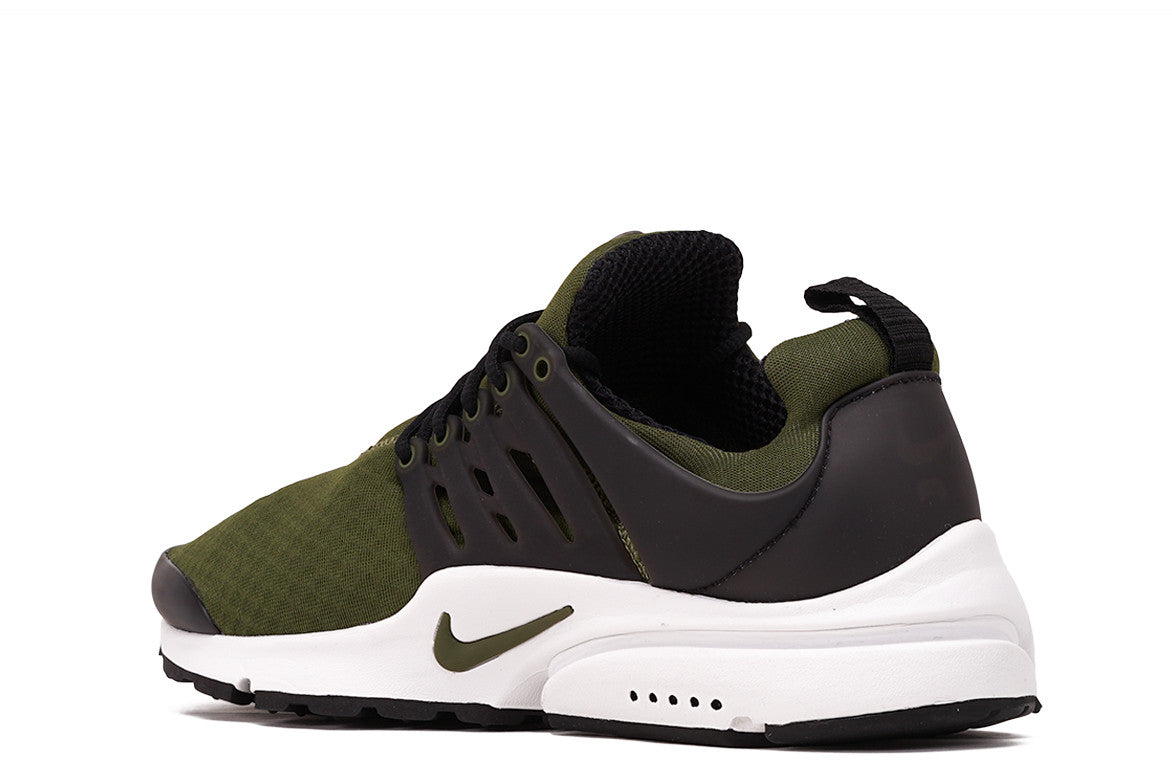 AIR PRESTO ESSENTIAL - LEGION GREEN