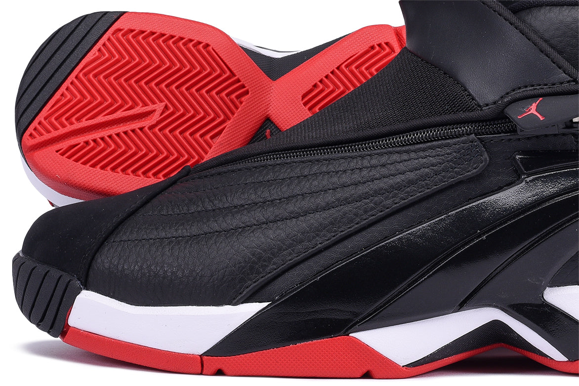 JORDAN JUMPMAN SWIFT - BLACK / GYM RED