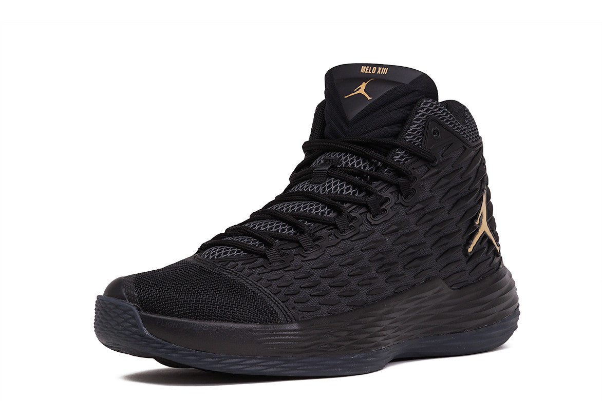JORDAN MELO M13 - BLACK / METALLIC GOLD