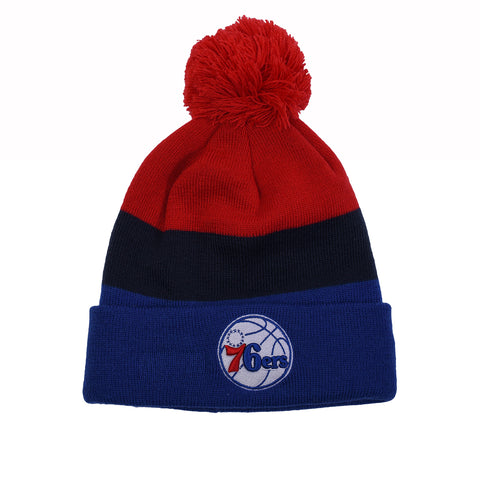 TRIBLE BLOCK POM BEANIE - 76ERS