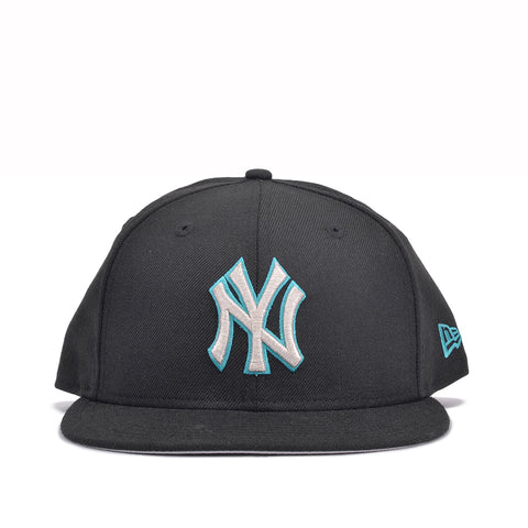 "CITY BLUE x NEW ERA 59FIFTY ""COLOR FLIP"" - YANKEES"