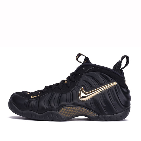 "AIR FOAMPOSITE PRO ""BLACK / METALLIC GOLD"""