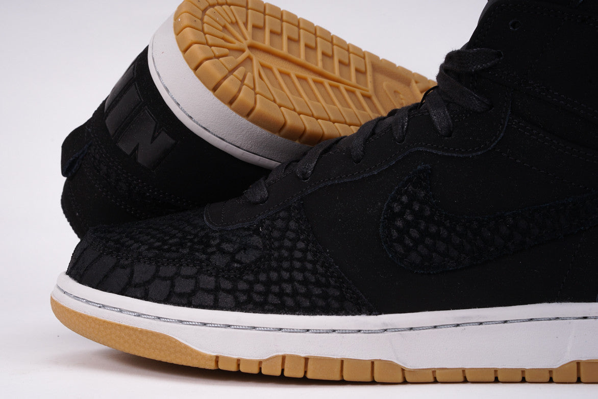 BIG NIKE HIGH LUX - BLACK