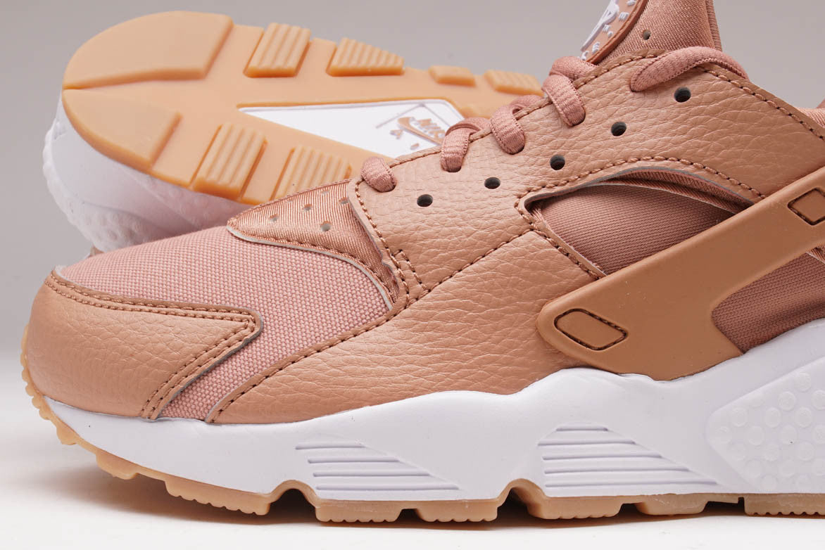 AIR HUARACHE RUN (WMNS) - DUSTED CLAY
