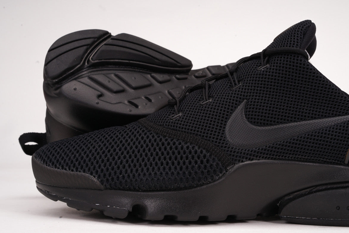 "PRESTO FLY ""TRIPLE BLACK"""