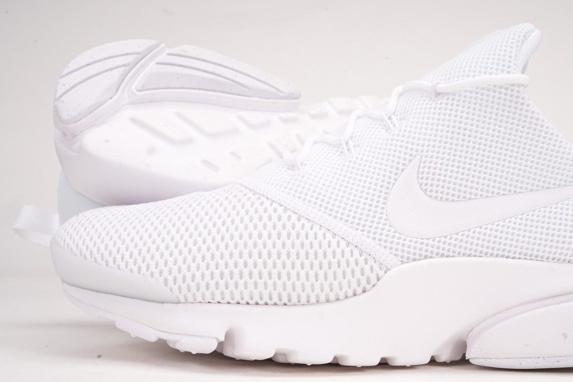 "PRESTO FLY ""TRIPLE WHITE"""