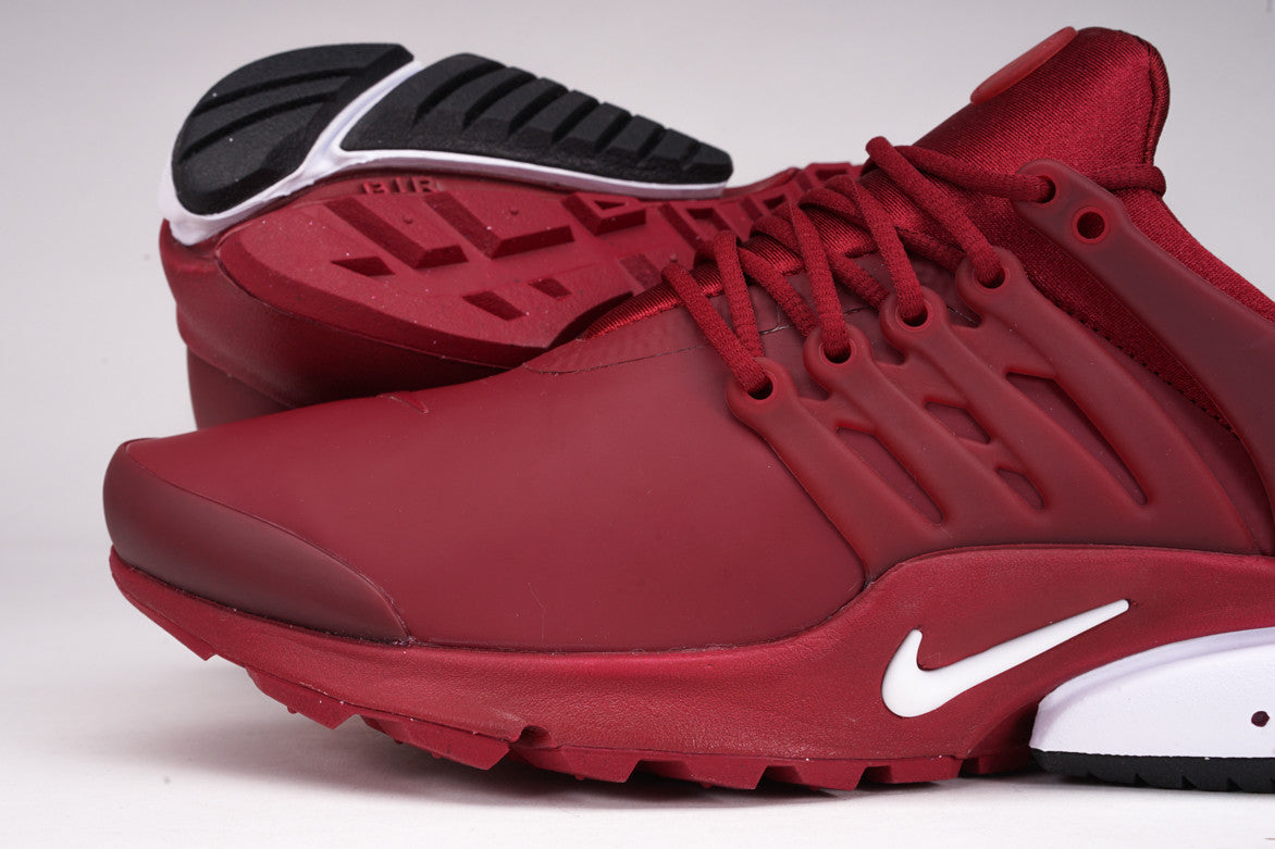 AIR PRESTO LOW UTILITY - TEAM RED