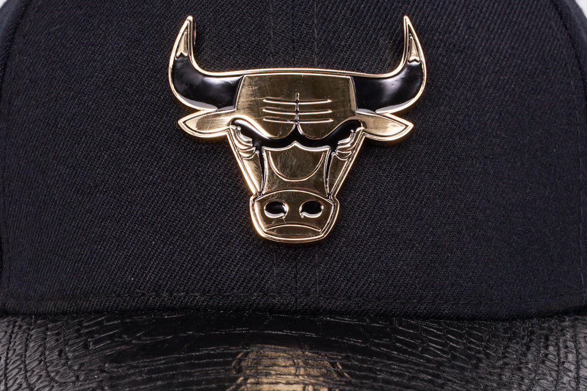 "CHICAGO BULLS ""GOLD METALLIC"" STRAPBACK - BLACK"