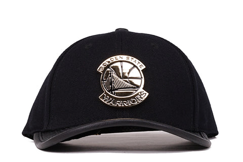 "WARRIORS ""GOLD METALLIC"" LOGO STRAPBACK - BLACK"