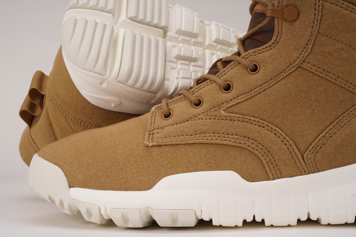 "NIKE SFB FIELD BOOT 6"" CANVAS - GOLDEN BEIGE"