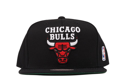 CHICAGO BULLS LOGO SNAPBACK - BLACK
