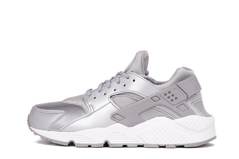 AIR HUARACHE RUN SE (WMNS) - METALLIC SILVER