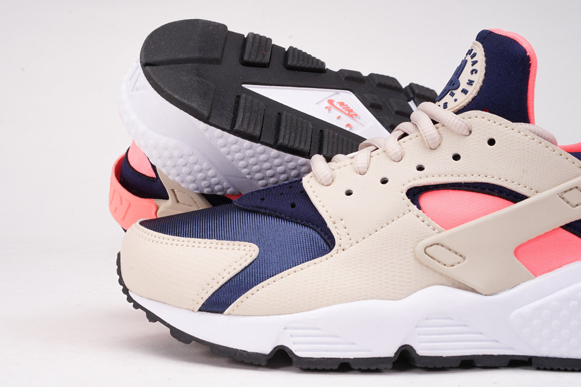 AIR HUARACHE RUN (WMNS) - OATMEAL