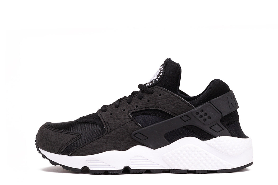 AIR HUARACHE RUN (WMNS) - BLACK / WHITE