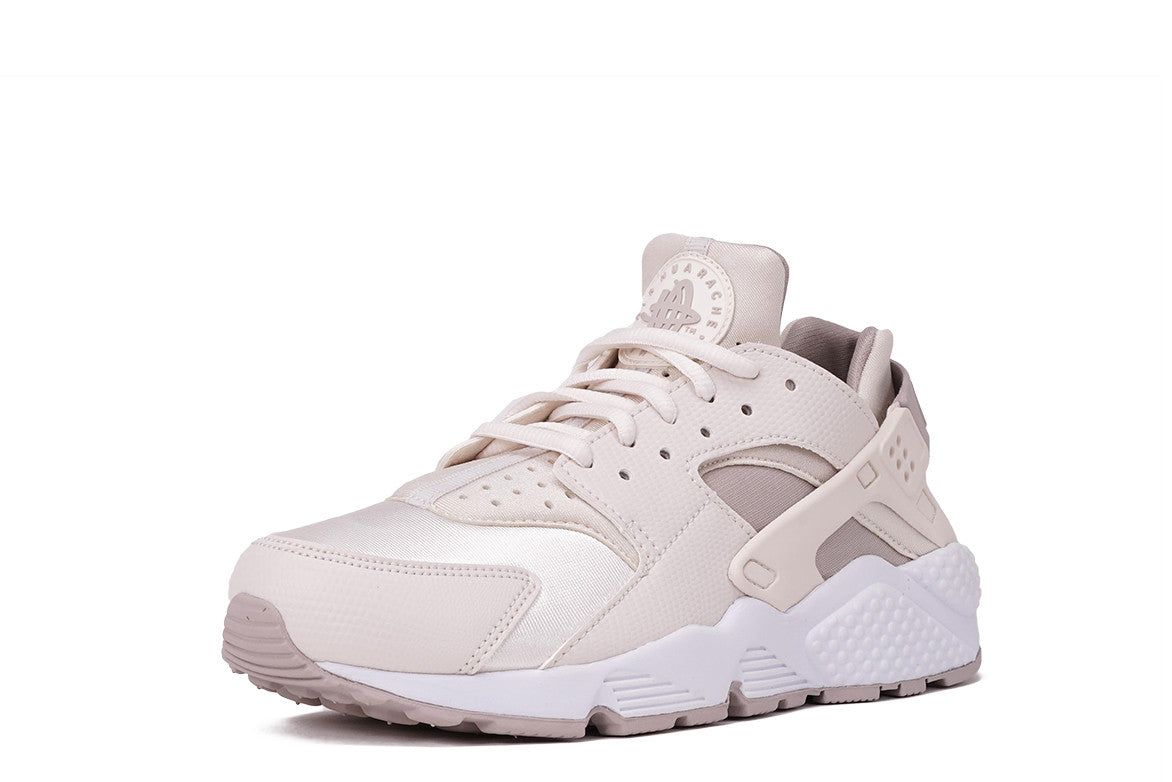 reputable site 8016e ef275 authentic nike air huarache youth shoes white lv 92d4d 22207